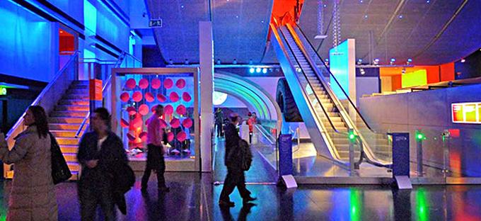 Neuroespacio noticias_museociencialondres El Museo de la Ciencia de Londres celebra los 70 años de Stephen Hawking Noticias Todas